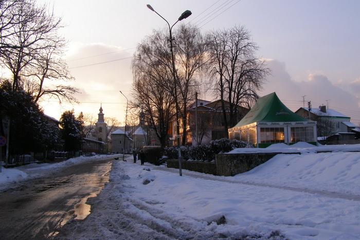 Площа Ринок та вулиця Лесі Українки. 21 лютого 2010 р.